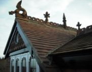ridge dragon and victorian finials thumb