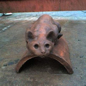 traditional cat roof finial